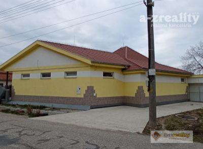 Ponúkame na predaj komerčný objekt v obci Zlatná na Ostrove
