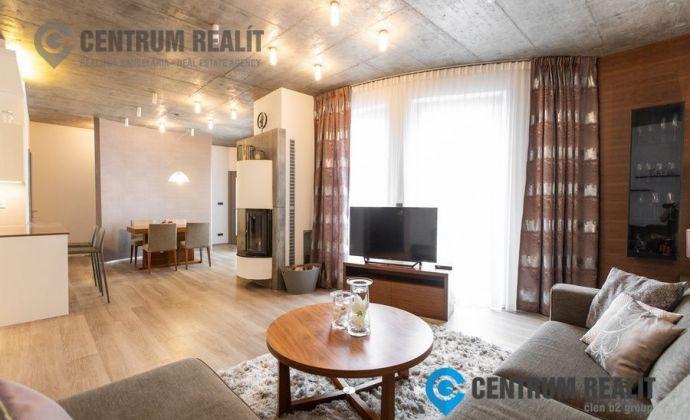 Prenájom: reprezentatívny 3 izb. byt s balkónom, 2x garážové státie, BA I – Staré Mesto