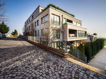 REZERVOVANÝ - PROMINENT REAL predá pekný 4 izbový nadštandardný byt v exkluzívnom rezidenčnom projekte Parkville.