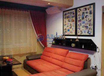 Na predaj 3 izbový byt v centre mesta na Hlavnej ulici