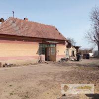 Pre rodinné domy, Hurbanovo, 1384 m²