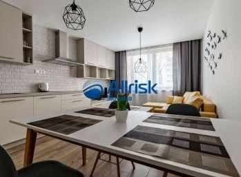 BEZ PROVÍZIE  - Krásny 3 izbový byt pri OC RETRO - Ružinov