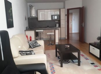 BA II. Ružinov - 2 izbový zariadený byt na Jégeho ulici