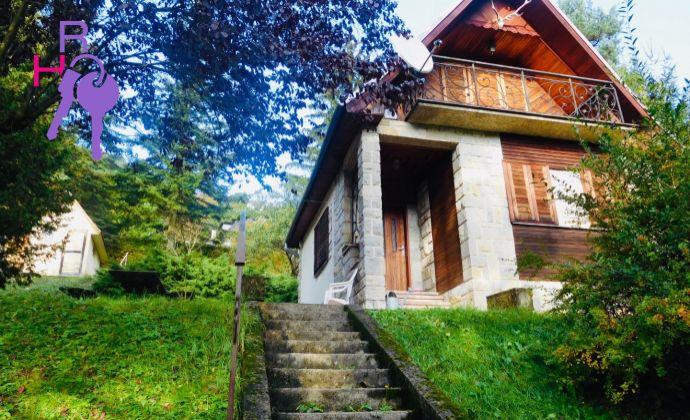 Chata v krásnom prostredí s 1300 m2 pozemkom
