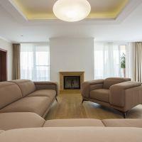 5 a viac izbový byt, Bratislava-Karlova Ves, 227 m², Čiastočná rekonštrukcia
