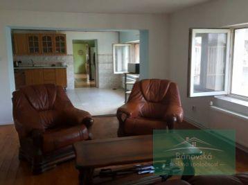 REZERVOVANÉ/ Rodinný dom/ centrum BNB na predaj