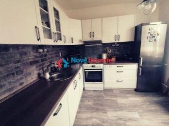 REZERVOVANÉ. Na predaj 3 izbový byt zrekonštruovaný byt v Humennom (F136-113-MIM)