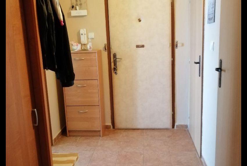 Predaj 3 izbový byt Želiezovce-9