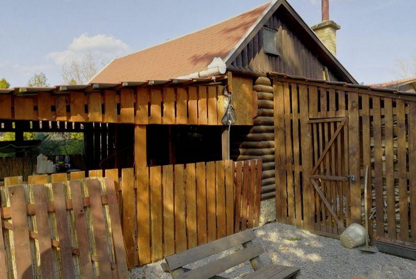 Predaj záhradná chata Želiezovce-1