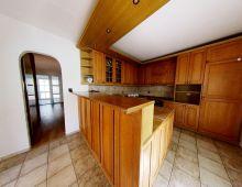 NA PRENÁJOM 8 izbový rodinný dom s garážou, vo vynikajúcej lokalite v blízkosti Malého Dunaja, pivnica, priestranný sklad, klimatizácia, Podunajská ulica, Vrakuňa.