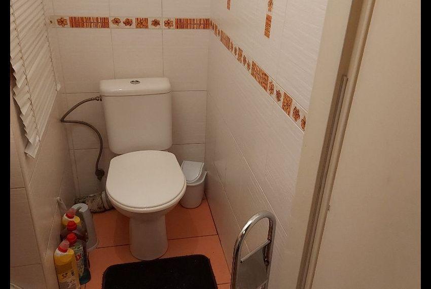 Predaj 4 izbový byt Želiezovce-11