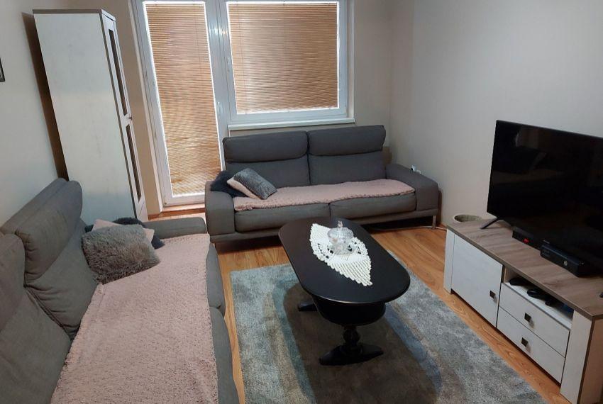 Predaj 4 izbový byt Želiezovce-1