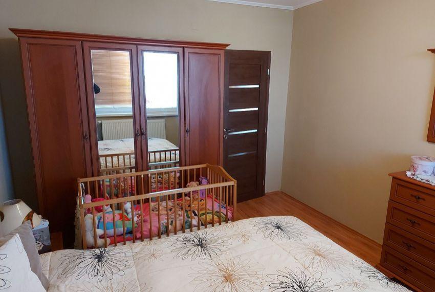 Predaj 4 izbový byt Želiezovce-4
