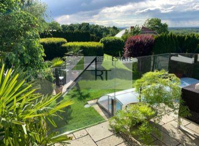 PREDAJ: Rakúsko - Hainburg a.d.Donau - luxusná vila, bazén, výhľad, garáž