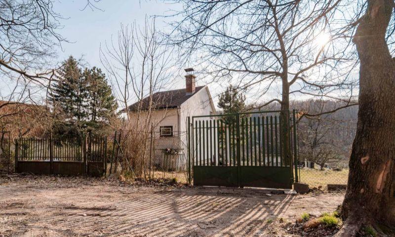 ponukabyvania.sk_Plachého_pre-rodinné-domy_BARTA
