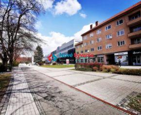 Hľadáme pre konkrétneho klienta byt na námestí v Humennom (N006-MIM)