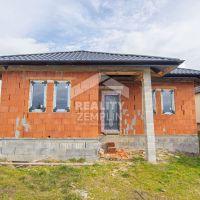 Rodinný dom, Michalovce, 160 m², Vo výstavbe