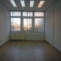 Kancelárie, Bratislava-Dúbravka, 22 m², Čiastočná rekonštrukcia