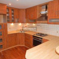 4 izbový byt, Žiar nad Hronom, 84 m², Kompletná rekonštrukcia