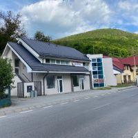 Polyfunkčný objekt, Nová Baňa, 500 m², Kompletná rekonštrukcia