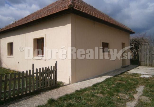 PREDANÉ! Moderný rodinný dom v obci Dubník na predaj!