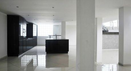 Luxusná rezidencia v Lamači- aj pre sídlo vašej firmy je na predaj
