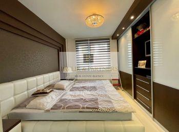 Prenájom luxusný 3 izbový byt, zariadený, balkón