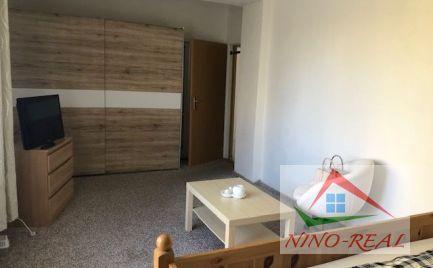 2 izb. byt, Harmanecká ul. na prenájom