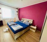 Na predaj 3 i byt 82 m2 s komorou a balkónom