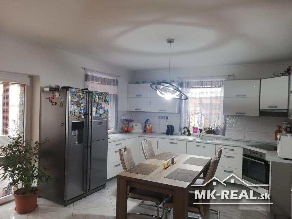 Rodinný dom-Predaj-Gajary-170 000 €