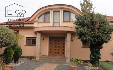 *** REZERVOVANÉ *** Nadštandardný 5 izbový rodinný dom vo výbornej lokalite mesta Malacky!!!!