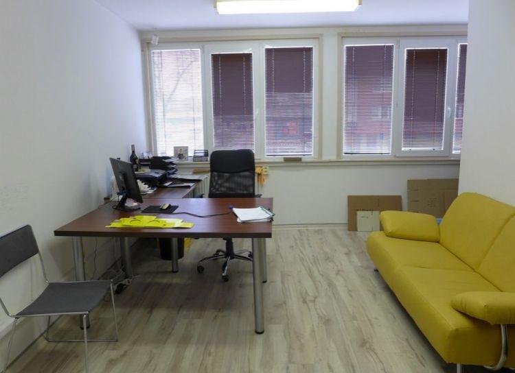 Prenájom kancelária 16 m2 Žilina