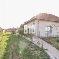 Rodinný dom, Tekovské Lužany, 266 m², Čiastočná rekonštrukcia