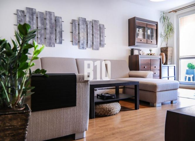 3 izbový byt - Bratislava-Podunajské Biskupice - Fotografia 1