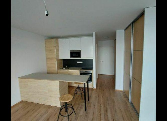 1 izbový byt - Bratislava-Devínska Nová Ves - Fotografia 1