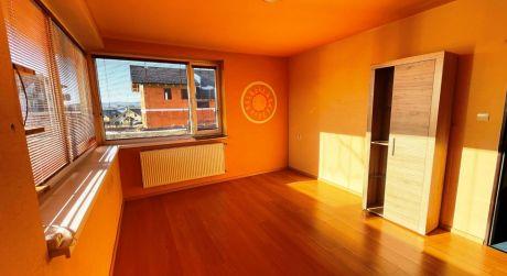 Na prenájom: 1 izbový byt, slnečný, kompletne rekonštruovaný, Poprad - Veľká