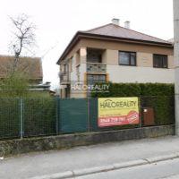 Rodinný dom, Topoľčany, 438 m², Čiastočná rekonštrukcia