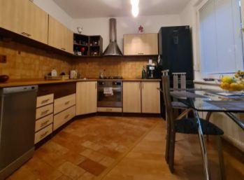 Predaj pekný, zrekonštruovaný 3.izb byt v Nitre na Chrenovej