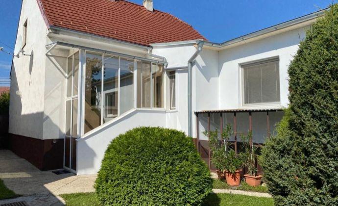Ponúkame Vám 4 izbový rodinný dom v Pezinku