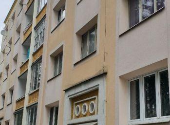 Prenájom 1-izbového bytu Švermova ulica, BB
