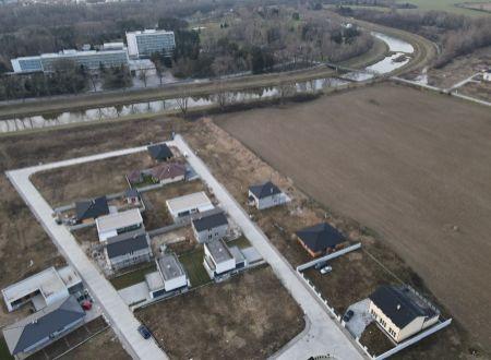 Stavebné pozemky / Banka pri Piešťanoch