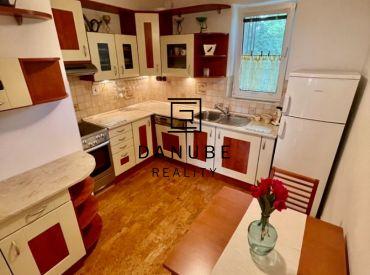 Predaj príjemný 3-izbový byt s výhľadom do parku v Bratislave-Novom meste, Chemická ulica.