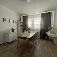 3 izbový byt, Bratislava-Dúbravka, 74 m², Kompletná rekonštrukcia