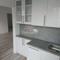 3 izbový byt, Bratislava-Ružinov, 61 m², Kompletná rekonštrukcia
