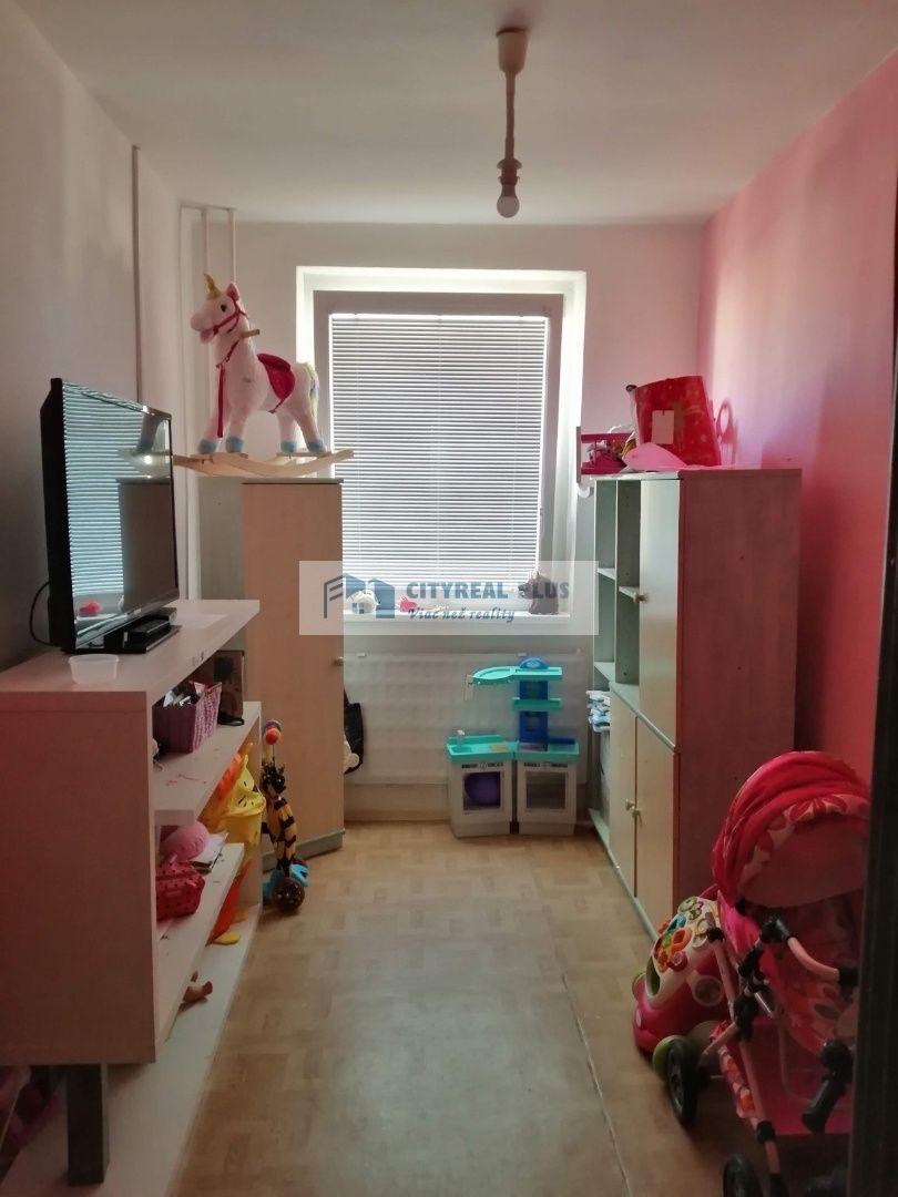 Ponúkame na predaj 3 izbový byt JUH Nové Zámky