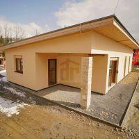 Rodinný dom, Kvačany, 293 m², Novostavba