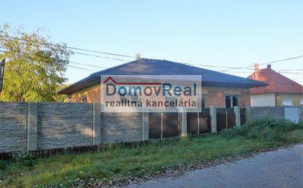 Novostavba, 4 - izbový rodinný dom na predaj v obci Blatná na Ostrove