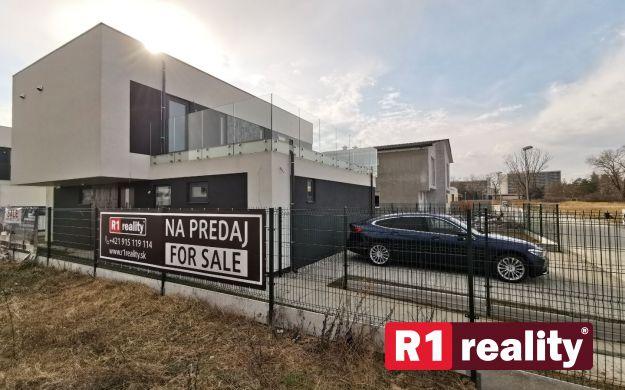 Moderný 5 izb. rodinný dom /NOVOSTAVBA/ Banka pri Piešťanoch