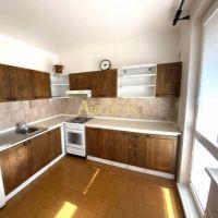 3 izbový byt, Senica, 74 m², Čiastočná rekonštrukcia