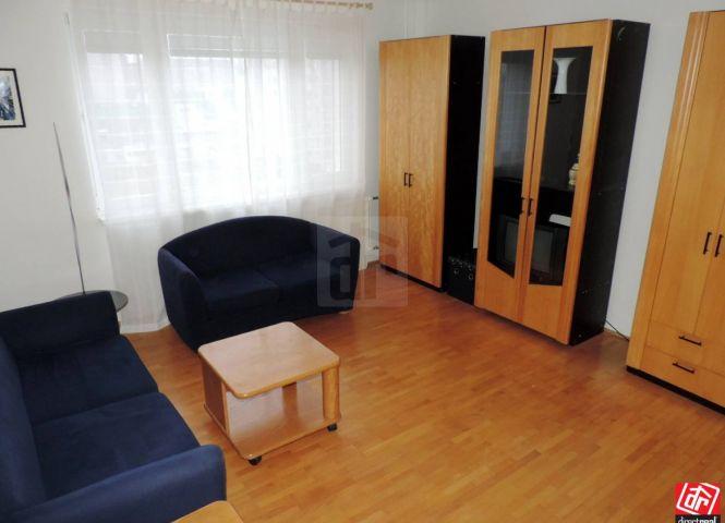 3 izbový byt - Hurbanovo - Fotografia 1